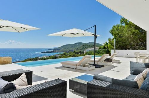 Newly built sea view villa close to Ibiza-Town
