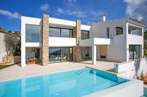 Unique and newly built design villa with stunning sea views