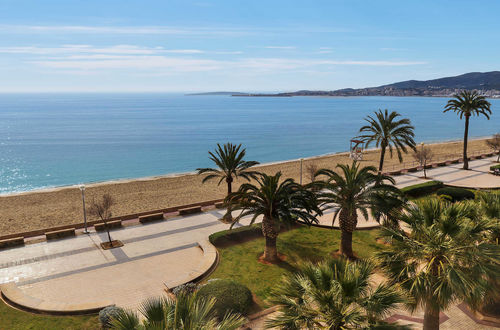 Elegant frontline apartment in Portixol