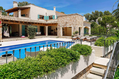 Picturesque finca with a charming Mediterranean garden