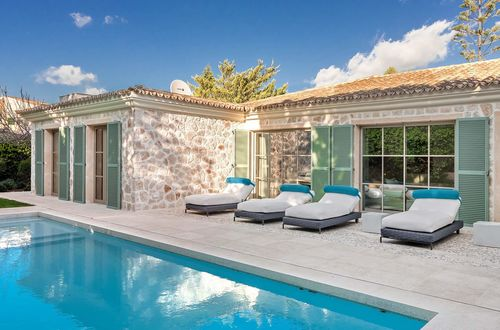 Luxury meets tradition - renovated natural stone villa