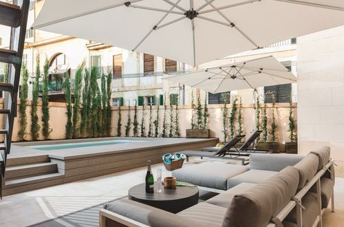 Brand-new luxury apartment with pool and private garden in Palma`s Old Town