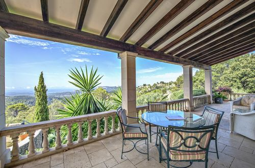 Charming country house with unbeatable panoramic sea views!