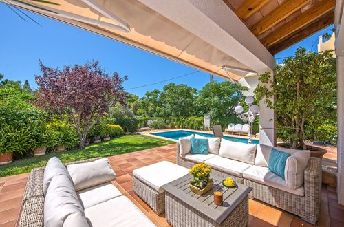 Comfortable villa with sea view in Cala Blava