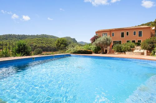 Country house with guest house north of Palma