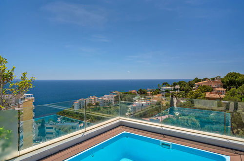 Classy sea view penthouse with large Jacuzzi