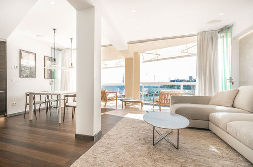Exclusively renovated apartment with fantastic sea views
