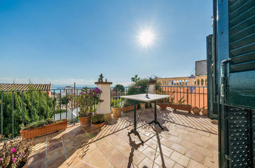 Charming and unique villa with views of Palma's harbour
