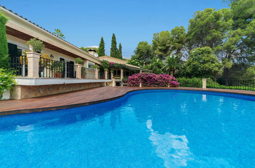Gorgeous family villa right on the golf course