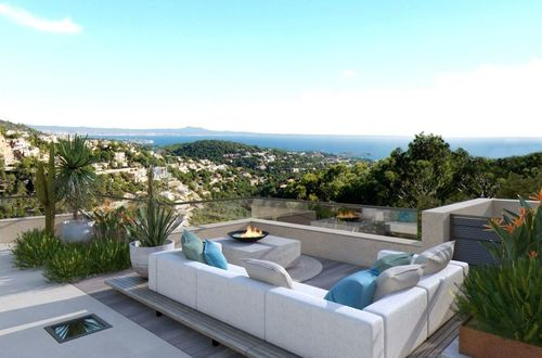 Pure luxury - spectacular villa with panoramic sea views