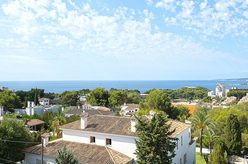 Penthouse with spacious roof terrace and dreamlike panoramic view over Palma and the open sea