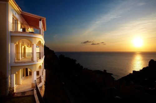 Penthouse with stunning panoramic seaview